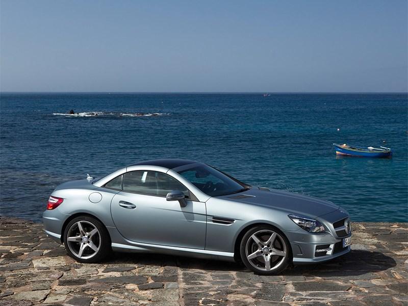 Mercedes-Benz SLK-Klasse 2012 вид сбоку