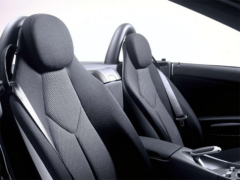 Mercedes-Benz SLK-Klasse 2005 кресла