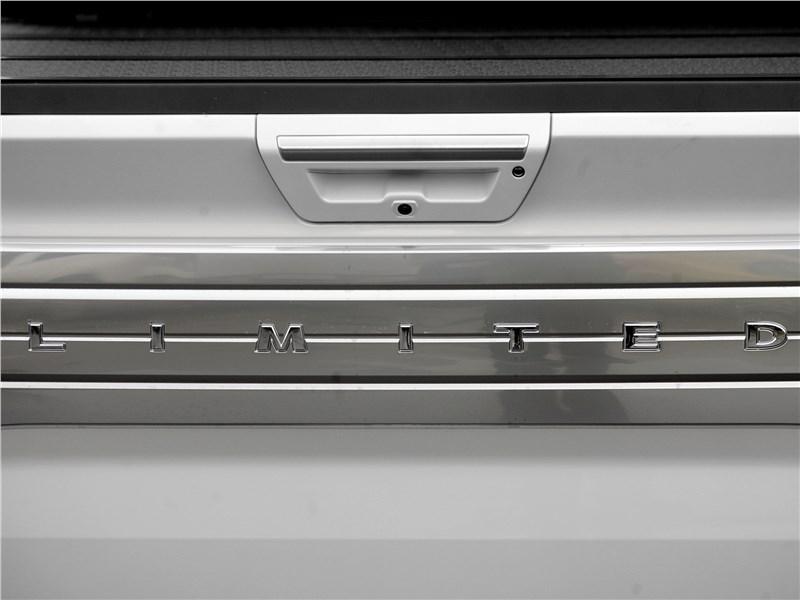 Ford F-150 2016 шильдик