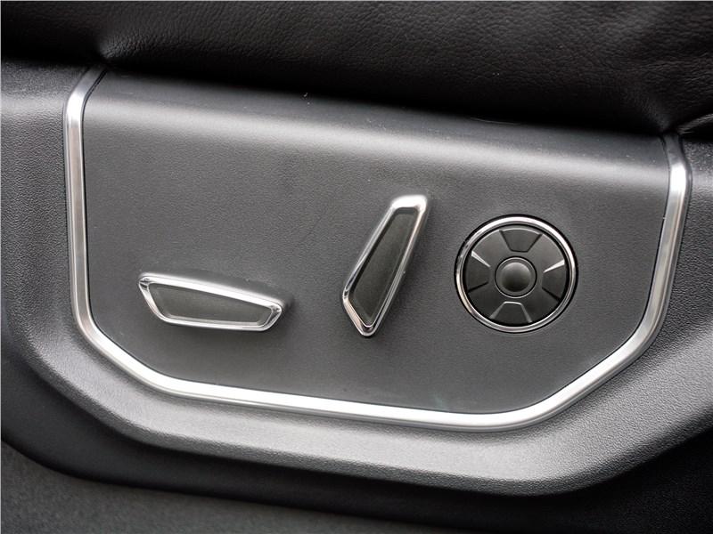 Ford F-150 2016 электрические регулировки передних кресел