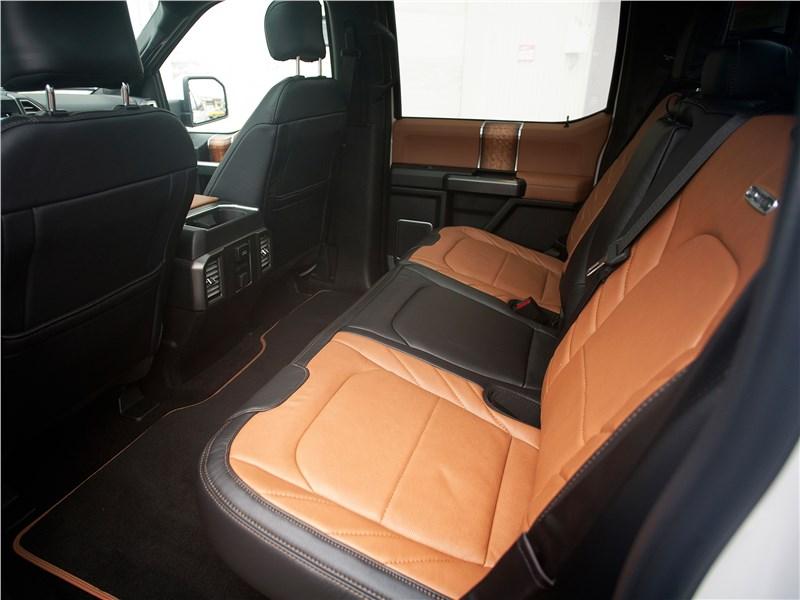 Ford F-150 2016 задний диван