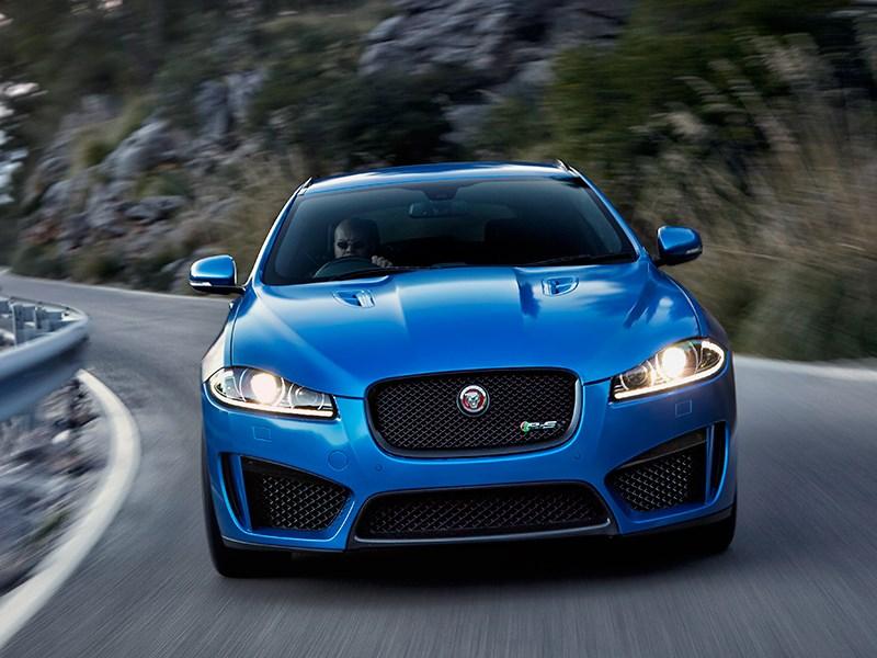 Jaguar XFR-S Sportbrake 2014 вид спереди фото 5