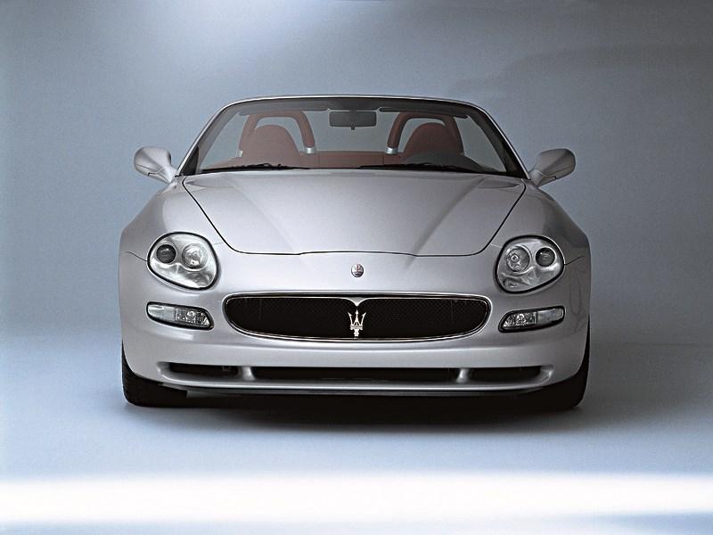 Maserati Spyder вид спереди