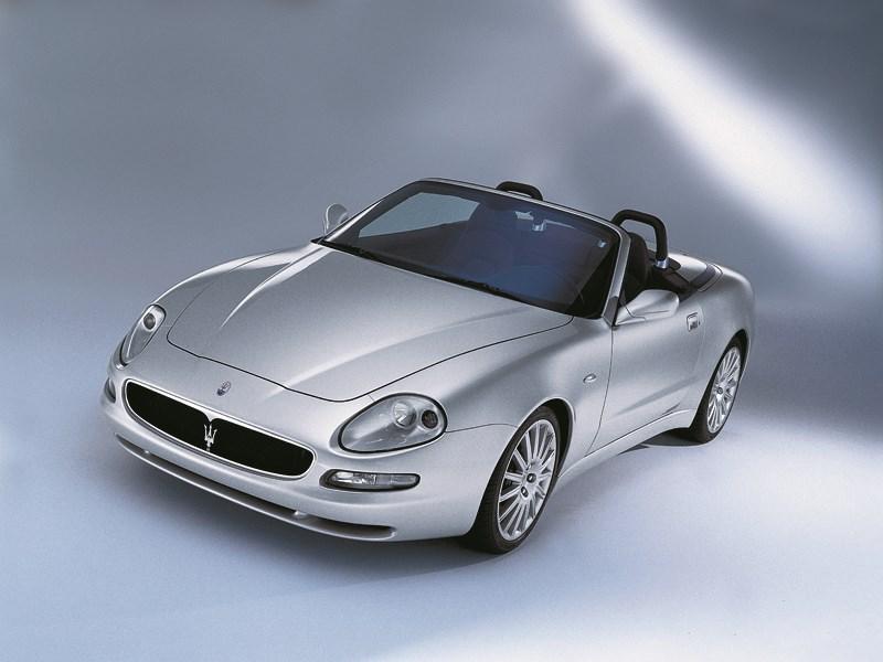 Maserati Spyder вид с открытой крышей