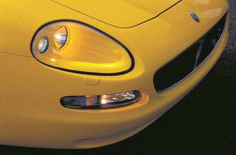 Передняя часть Maserati Spyder