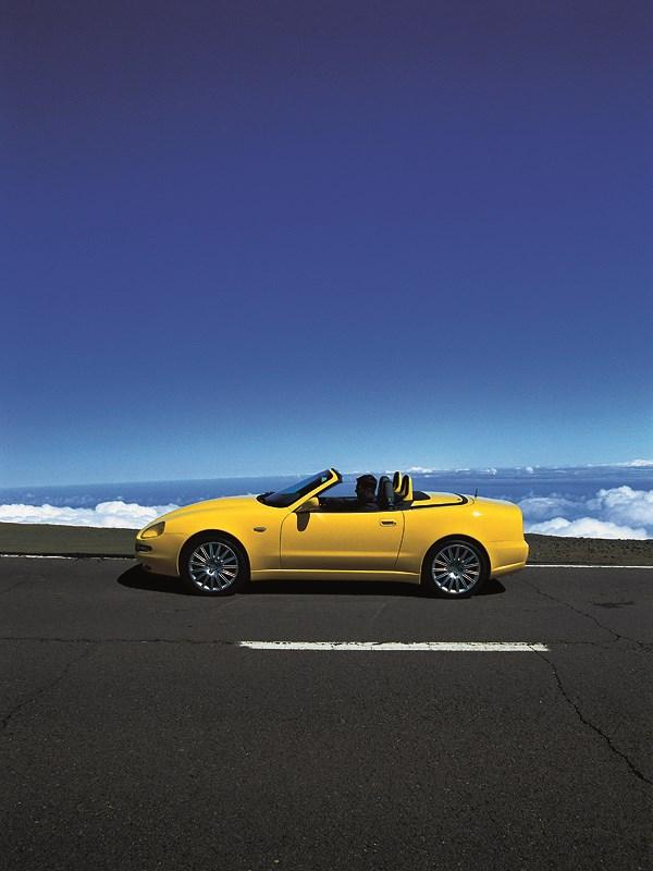 Maserati Spyder выше облаков