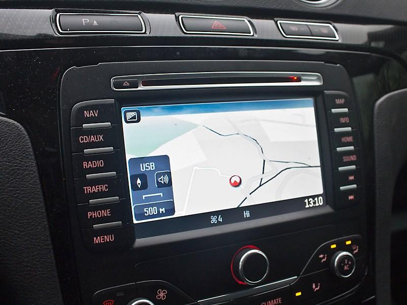 Ford S-Max 2011 монитор компьютера