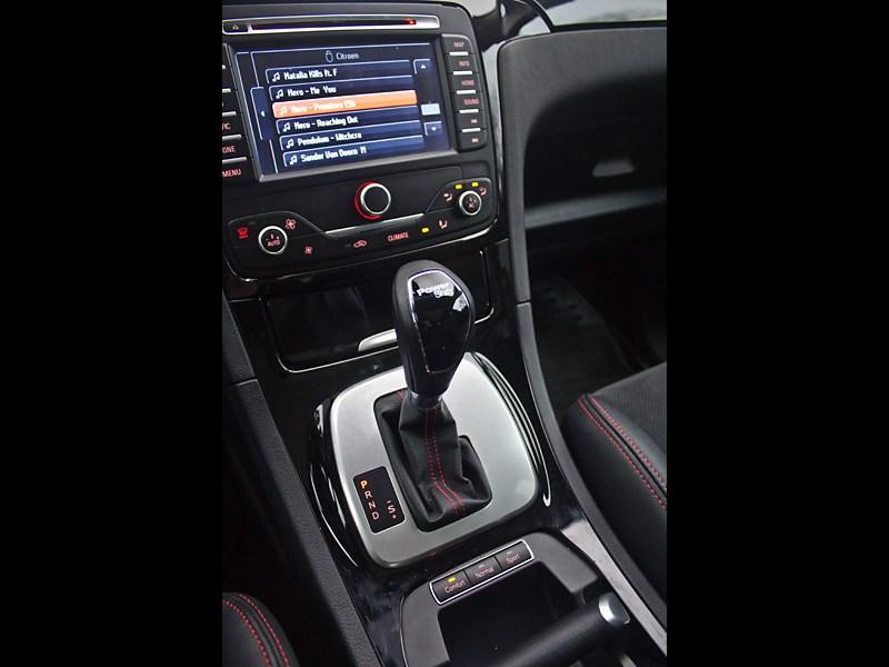 "Ford S-Max 2011 ""робот"" PowerShift"