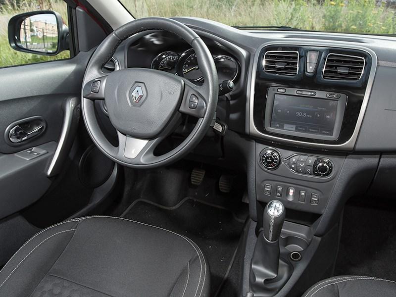 Renault Sandero 2014 салон