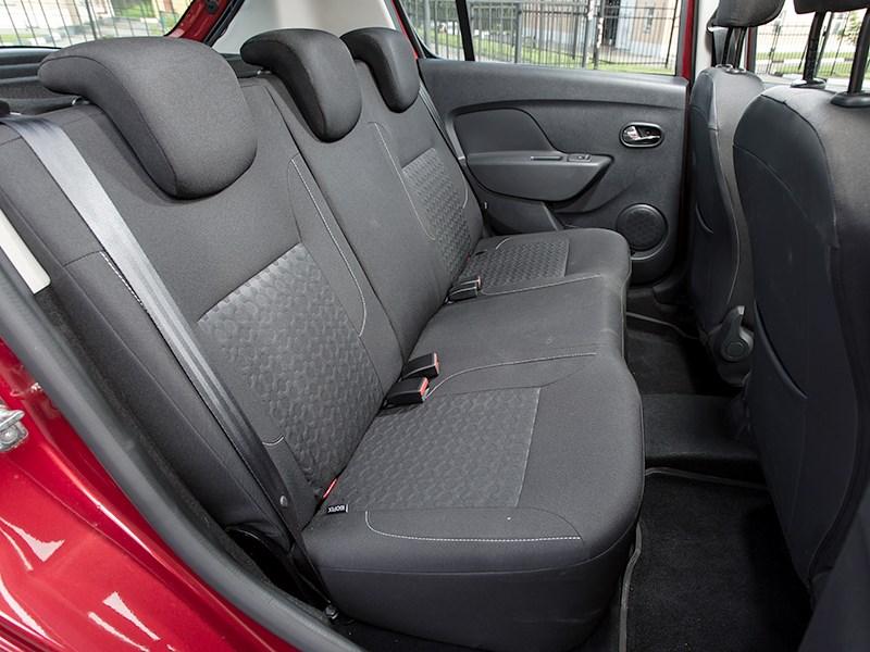 Renault Sandero 2014 задний диван