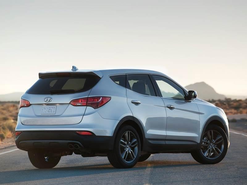 Hyundai Santa Fe 2012 вид сзади