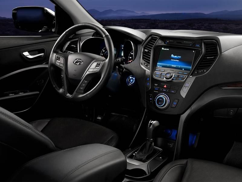 Hyundai Santa Fe 2012 водительское место
