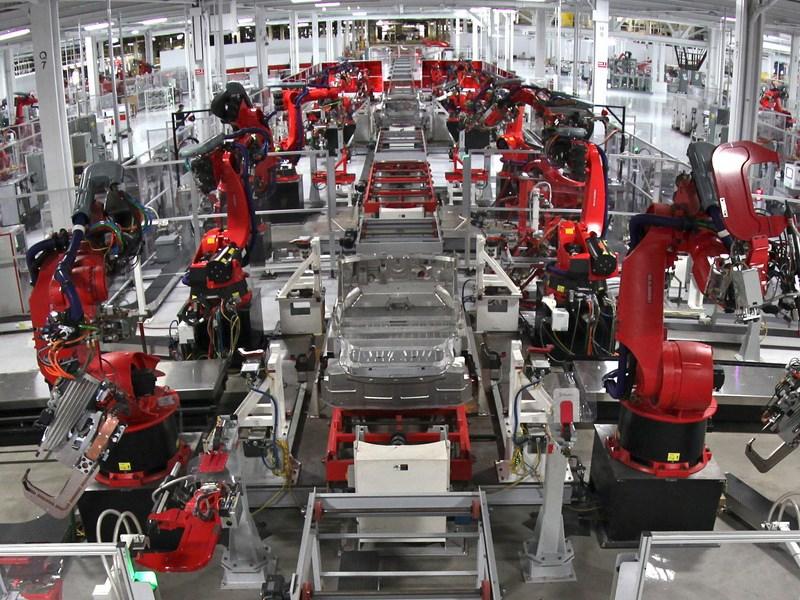 Минпромторг прогнозирует сокращение объемов производства автомобилей в РФ