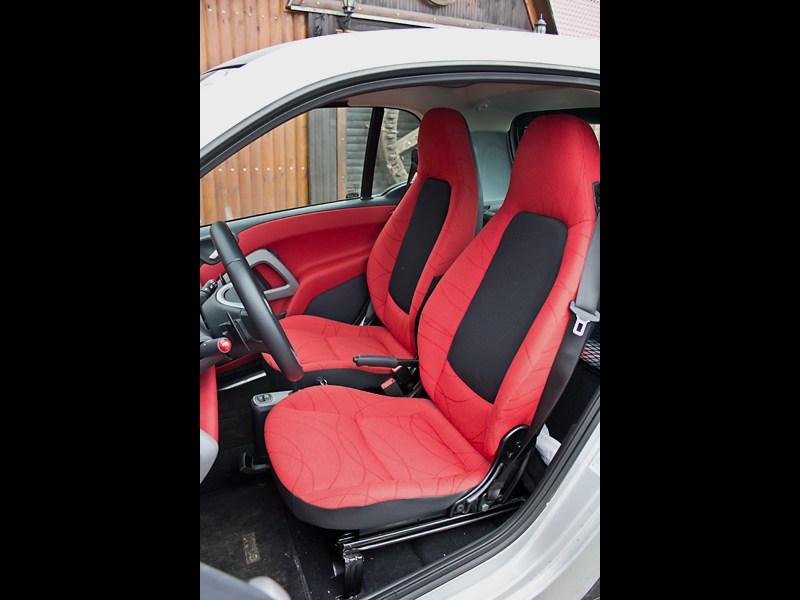 Smart Fortwo 2012 передние кресла