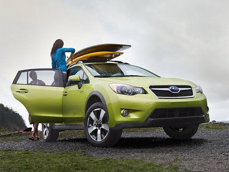 Subaru XV Crosstrek Hybrid 2014 вид спереди фото 2