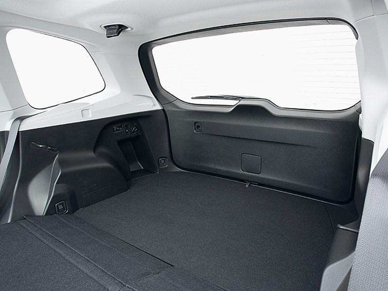 Subaru Forester 2013 багажное отделение