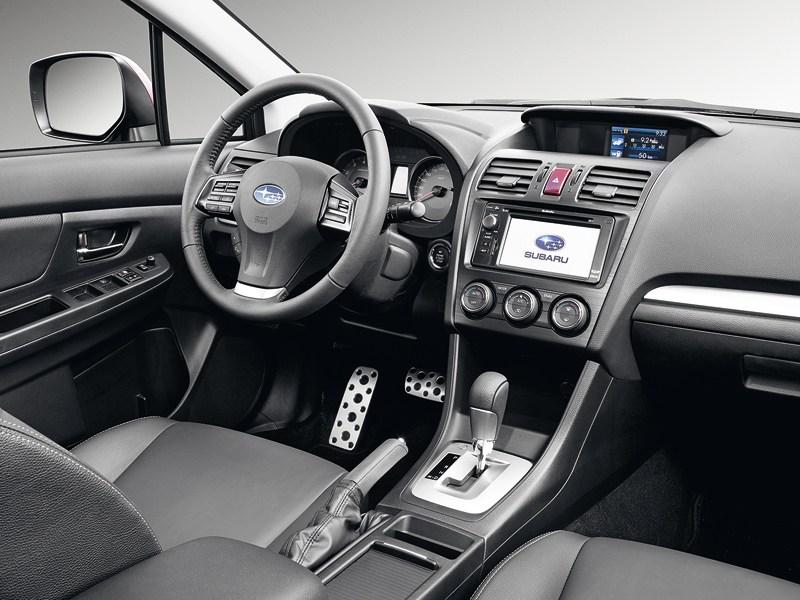 Subaru Impreza 2011 водительское место