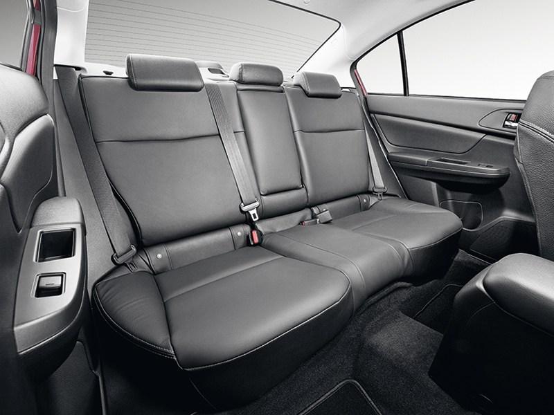 Subaru Impreza 2011 задний диван