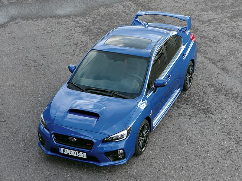 Subaru WRX STI 2014 вид сверху