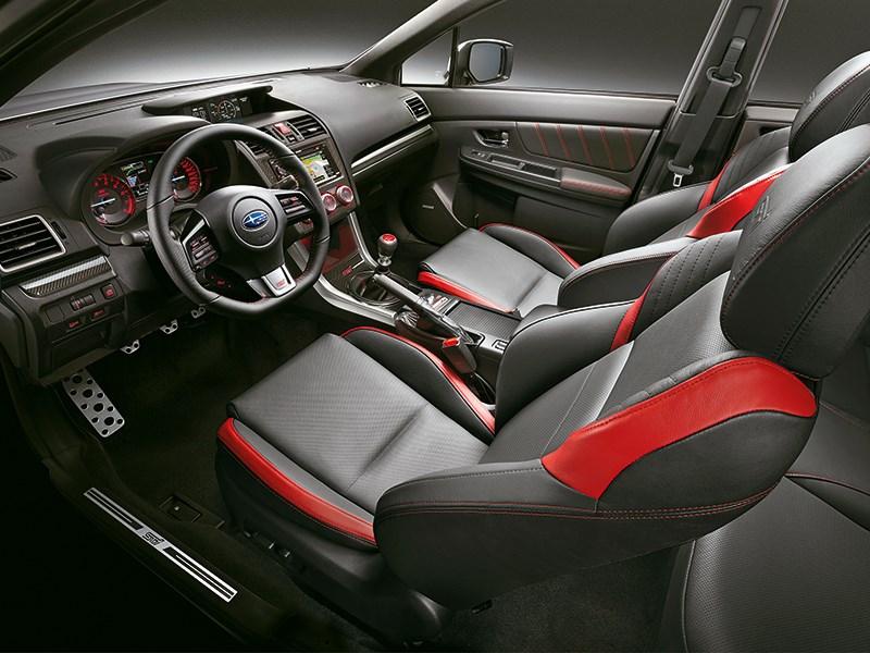 Subaru WRX STI 2014 салон