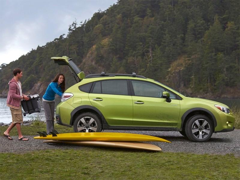 Subaru XV Crosstrek Hybrid 2014 вид сбоку