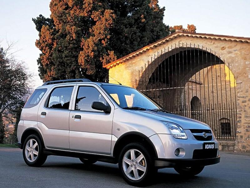 Suzuki Ignis 2004 вид спереди справа