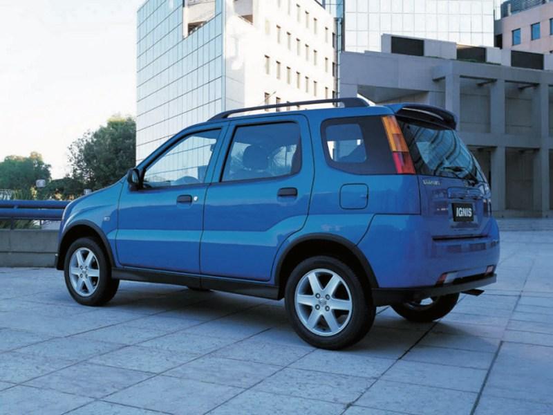 Suzuki Ignis 2004 вид сзади слева