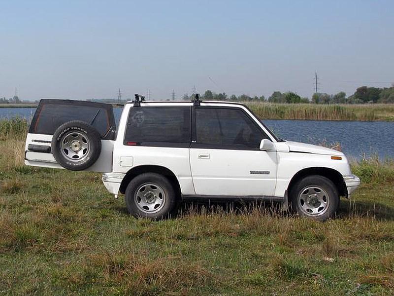 Suzuki Vitara 3d первого поколения
