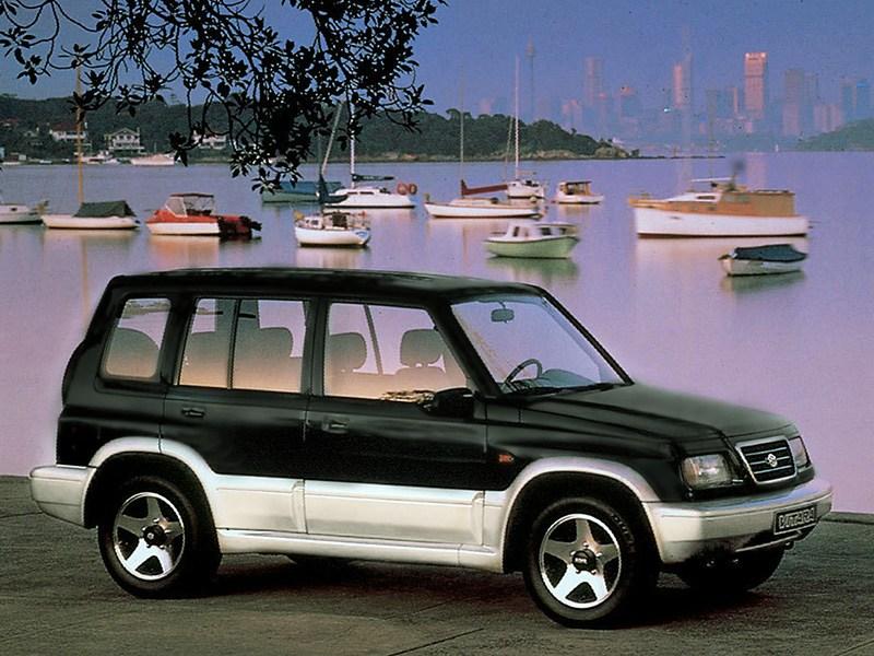 Suzuki Vitara 5d первого поколения вид спереди справа фото 2