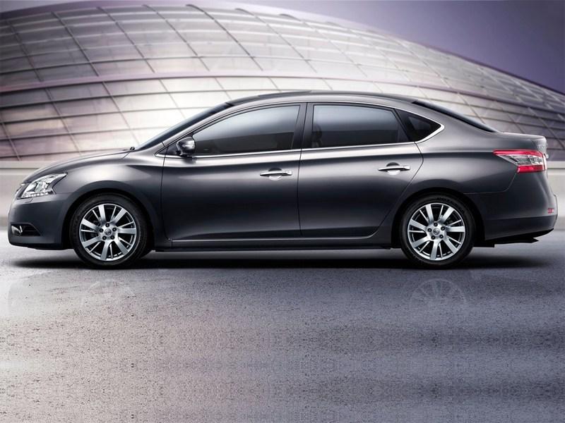 Nissan Sylphy 2012 вид сбоку
