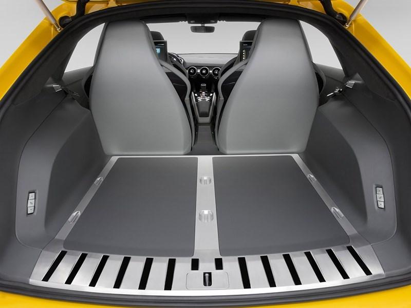 Audi TT Offroad Concept 2014 багажное отделение