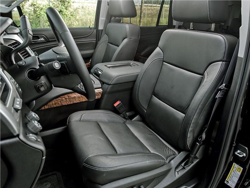 Chevrolet Tahoe 2015 передние кресла