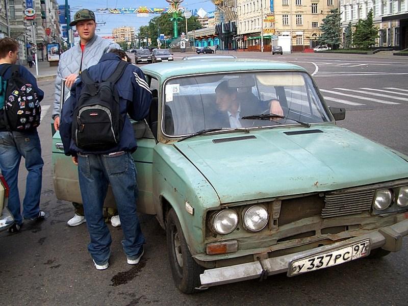 В Москве задержано 400 нелегальных перевозчиков