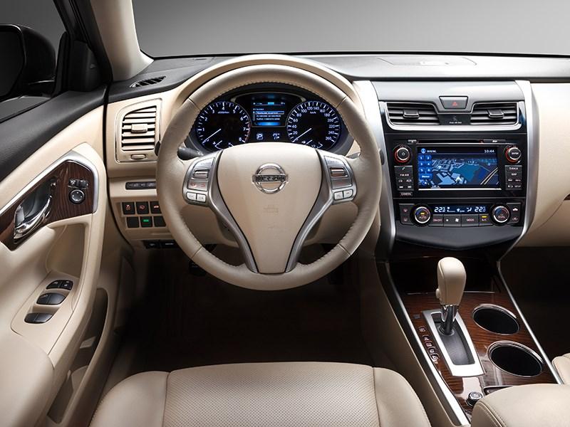 Nissan Teana 2014 водительское место