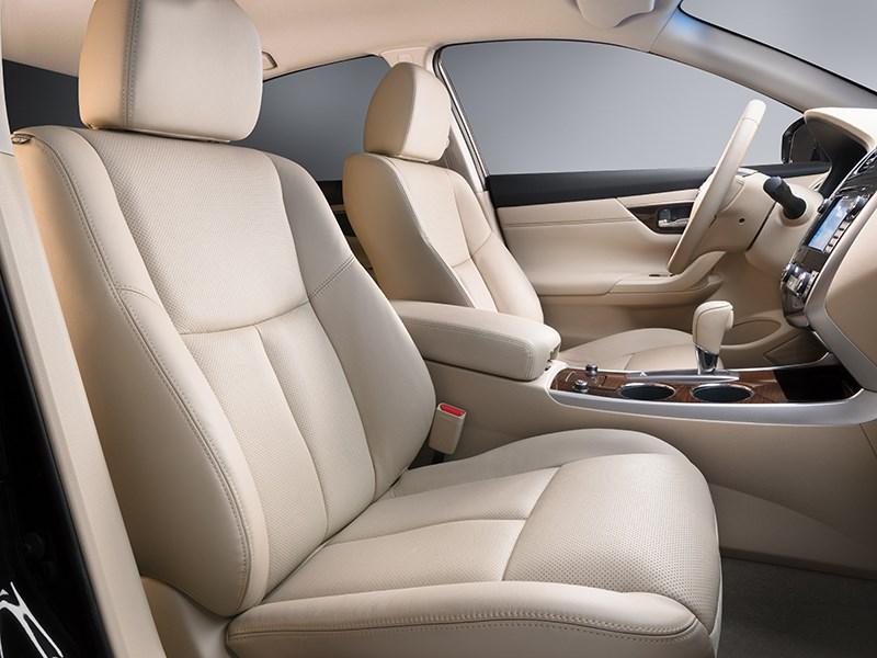 Nissan Teana 2014 передние кресла