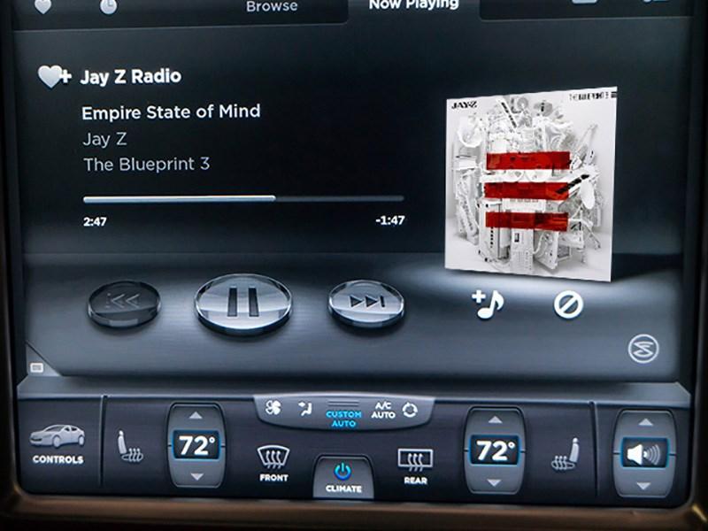 Tesla решила запустить собственный музыкальные сервис