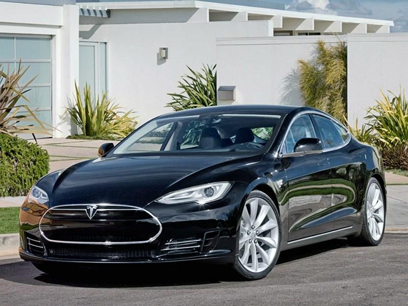 Новый Tesla Motors Model S - Стеклянная экономия