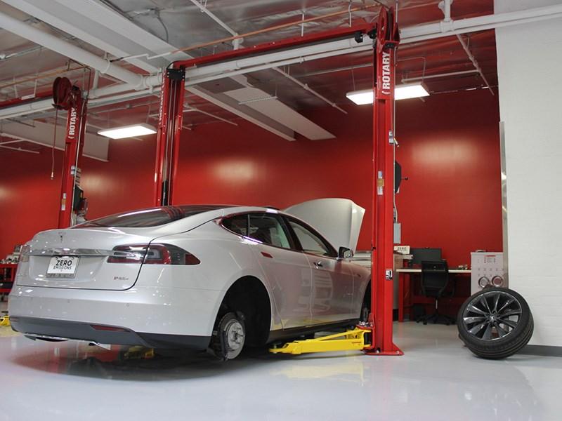 Для гибридов и электромобилей разработают свой регламент техосмотра