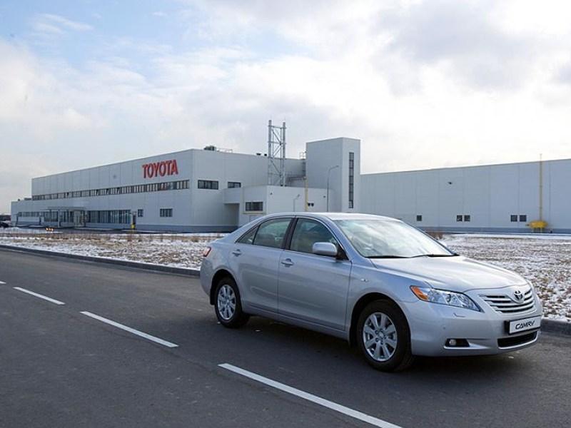 Завод Toyota в России начал работу в 2 смены