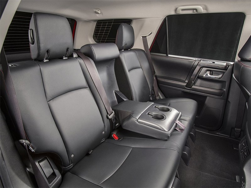 Toyota 4Runner 2013 задний диван