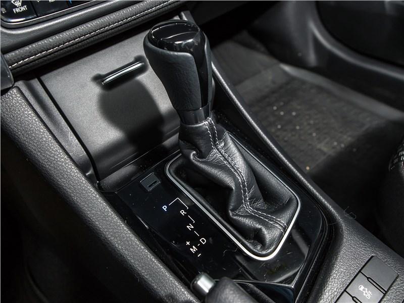 Toyota Corolla 2017 вариатор