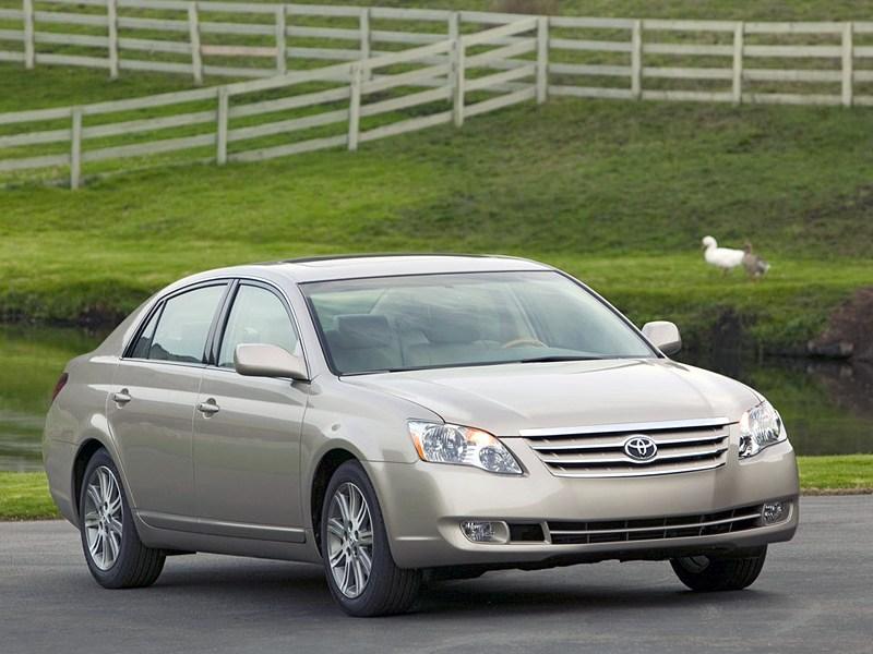 Toyota Avalon III