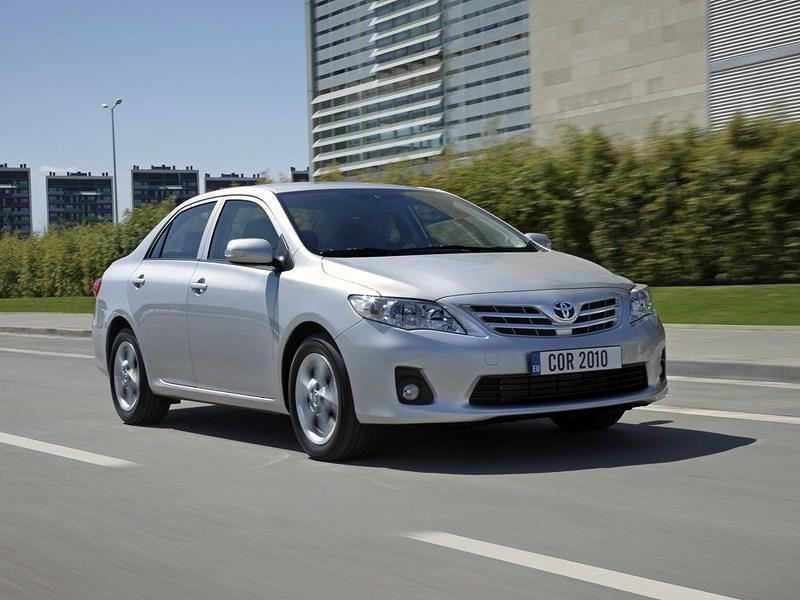 Популярный квартет (VW Golf IV, Оpel Astra, Toyota Corolla, Honda Civic) Corolla поколение X рест.