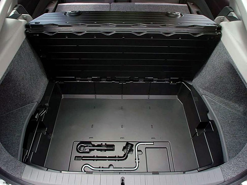 Toyota Prius 2006 второе поколение автомобиля контейнер под фальшполом багажника