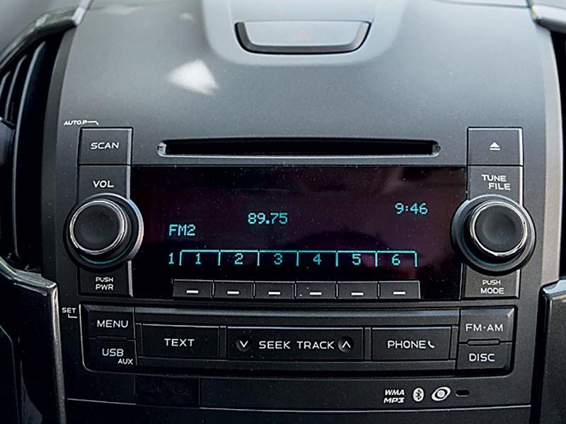 Chevrolet Trailblazer 2012 магнитола