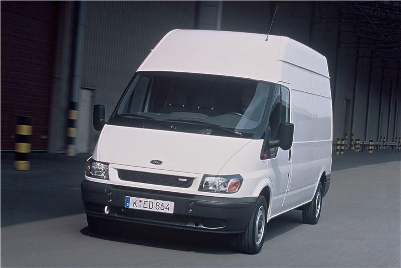 Ford Transit 2000 фургон средняя база высокая крыша