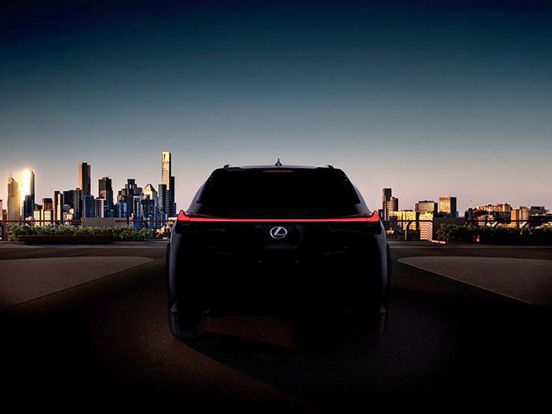 Lexus привезет в Женеву новый кроссовер