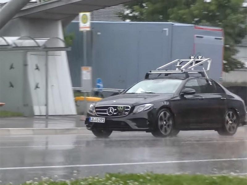 Benz E-класса получит технологии автономного вождения