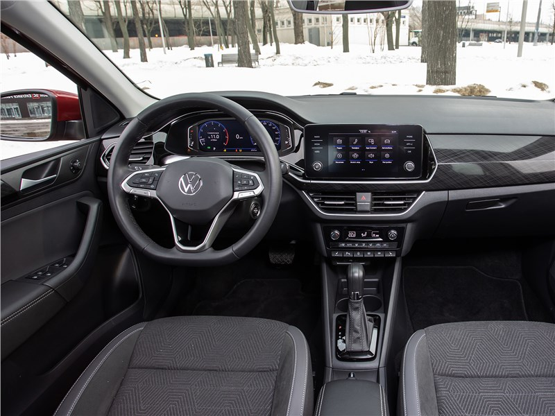 Volkswagen Polo Sedan (2020) салон