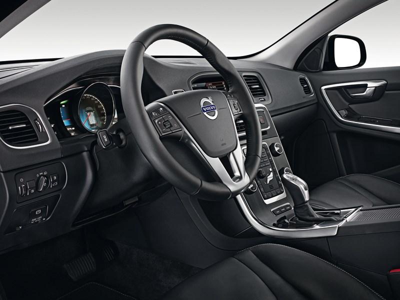 Volvo V60 Plug-in Hybrid 2013 водительское место